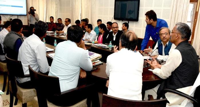 cm rawat 3 1 मुख्यमंत्री त्रिवेंद्र सिंह रावत ने पलायन आयोग की वेबसाइट को किया लांच