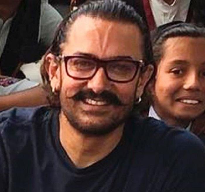 perfectionst इंस्टाग्राम पर इस अनोखे अंदाज में आमिर खान ने पोस्ट की फोटो, फैंस भी पूछ रहे ये न्यू स्टाइल