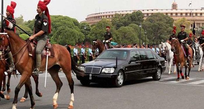 pic151 राष्ट्रपति-उपराष्ट्रपति के वाहनों का होगा पंजीकरण, जल्द दिखेगी नंबर प्लेट