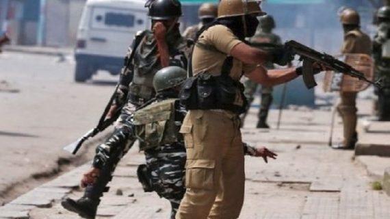 आतंकियों ने किया सेना चेक पोस्ट पर घात लगाकर हमला, आंतकी सहित 4 मरे
