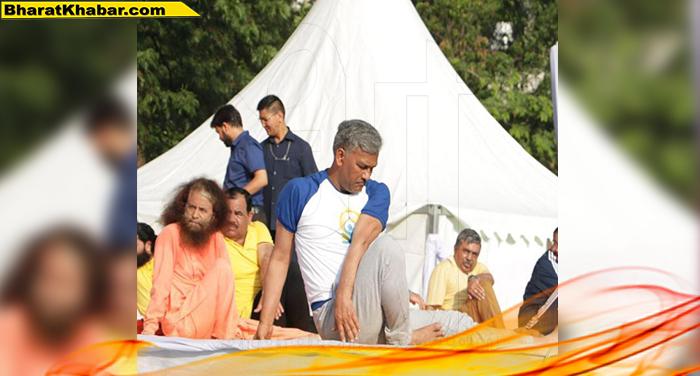 09 46 इस बार योग दिवस का मुख्य कार्यक्रम उत्तराखंड में होना हमारा सौभाग्य: त्रिवेंद्र सिंह रावत