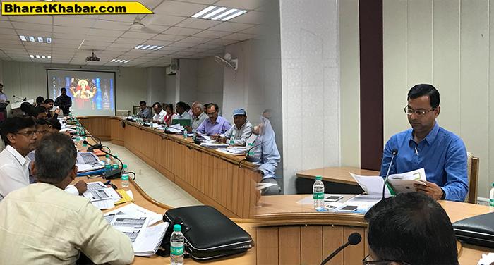 10 71 पीएम और सीएम के ग्राम स्वराज का सपना साकार करने में जुटे सचिव डॉ.पंकज पाण्डेय