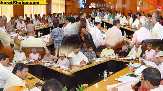 उत्तराखंडःसीएम ने ड्रोन एप्लिकेशन अनुसंधान केन्द्र एवं साईबर सुरक्षा केन्द्र का उद्घाटन किया