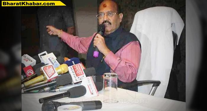 अमर सिंह ने समाजवादी पार्टी को नमाजवादी पार्टी करार देते हुए परिवारवाद का लगाया आरोप