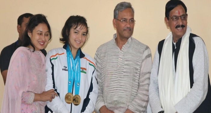 सीएम रावत ने प्रसिद्ध निशानेबाज जसपाल राणा की बेटी देवांशी राणा से शिष्टाचार भेंट की