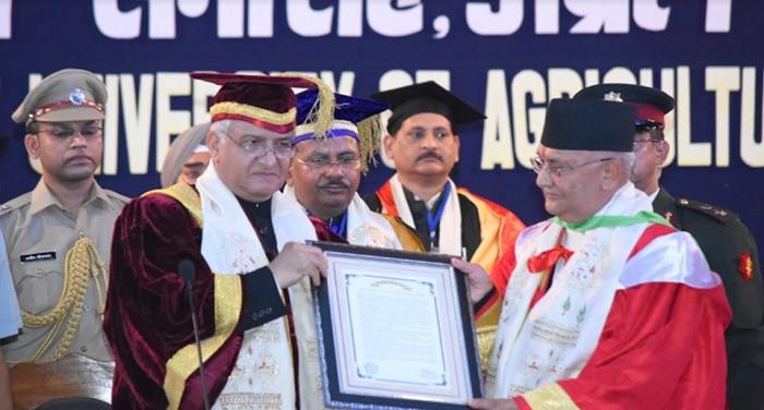 पंतनगर विश्वविद्यालय ने नेपाल के प्रधानमंत्री को प्रदान की मानद उपाधि