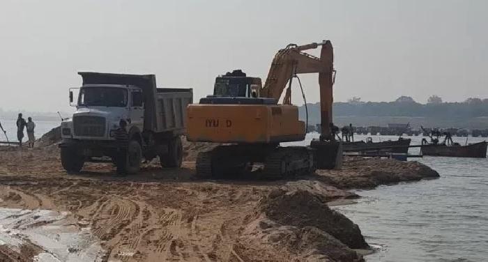 नदी तल उपखनिज लॉटों के आवंटन और खनिकर्म विभाग द्वारा ऑनलाईन ई-नीलामी
