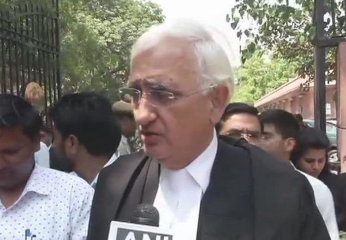 'मुसलमानों के खून के धब्बों' वाले बयान पर कांग्रेस ने झाड़ा पल्ला, खुर्शीद अब भी बयान पर कायम