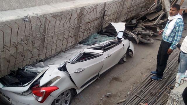 वाराणसी में निर्माणाधीन फ्लाईओवर गिरने से 10 लोगों की मौत, कई लोगों के दबे होने की आशंका