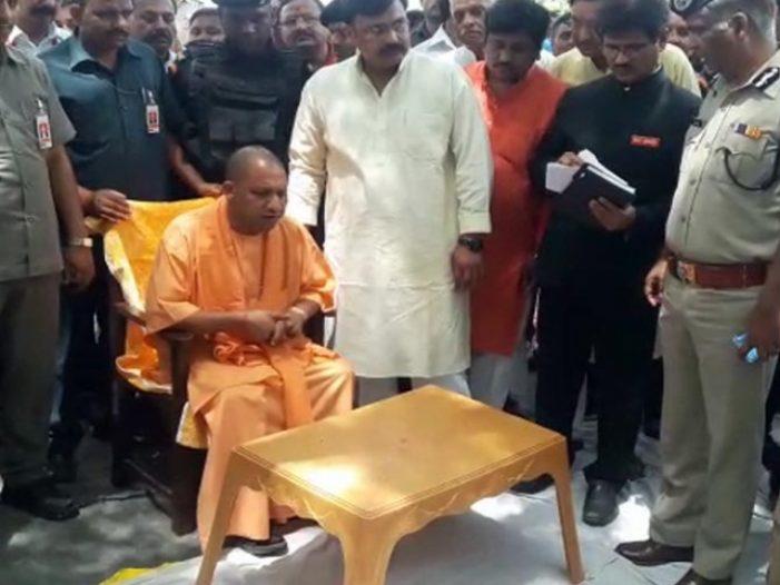 मुख्यमंत्री योगी आदित्यनाथ की सुरक्षा में हुई चूक, केशव मौर्य ने की सख्त कार्रवाई