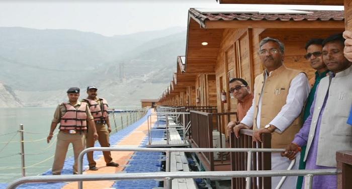सीएम रावत ने टिहरी की कोटी कालोनी में पहुंच कर लेक फेस्टिवल की तैयारियों का निरीक्षण किया