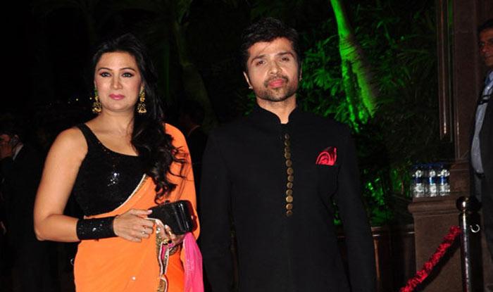 himesh with wife नेहा धूपिया के बाद एक और स्टार ने की सीक्रेट शादी, लंबे समय से थे लिव-इन में