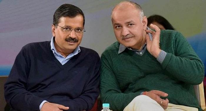 kejriwal sisodia photo राष्ट्रपति ने दी दिल्ली सरकार के विधेयक को मंजूरी, निर्धारित वेतन से कम देने पर होगी जेल