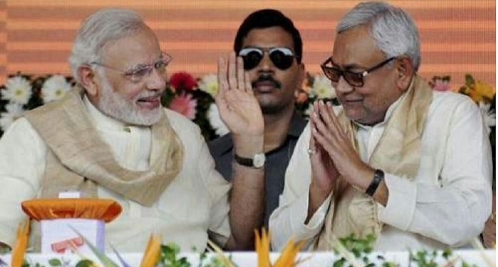 मोदी के इस फैसले से केंद्र से नाराज हैं नीतीश कुमार, सहयोगियों से बताई दिल की बात