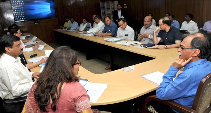 उत्पल कुमार सिंह की अध्यक्षता में हुई सिंगल विंडो सिस्टम के राज्य प्राधिकृत समिति की बैठक