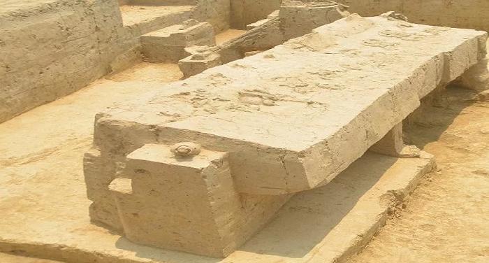 SINOLI2 बागपतः सिनौली में हुई एतिहासिक खोज, मिली महाभारत कालीन कब्रगाह और पुराने रथ-मुकुट