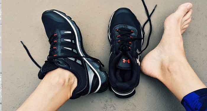 गर्मी में अगर पाना हैं पैरों की बदबू से छुटकारा, अपनाएं ये टिप्स