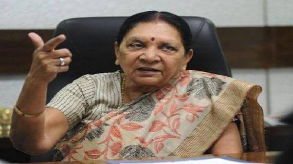 आनंदीबेन ने बीजेपी के असहज कर देने वाला बयान, बोली-पीएम मोदी ने नहीं की थी शादी