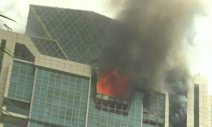 मुंबई के वर्ली में 33 मंजिला इमारत में लगी आग दीपिका के घर को भी हो सकता है नुकसान