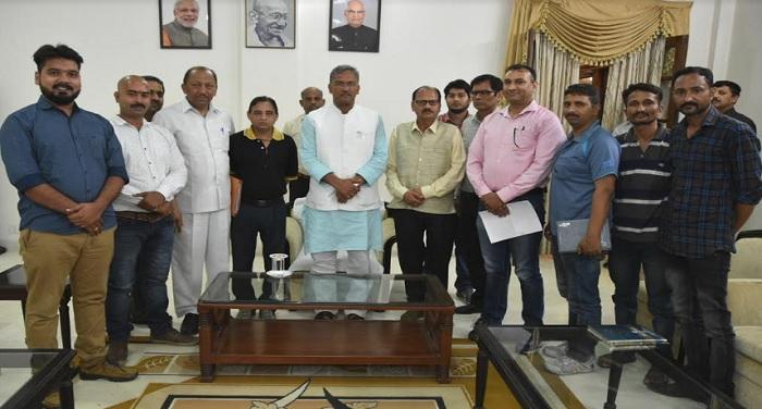 सीएम रावत ने मुख्यमंत्री आवास में पी.डी.एफ.ए. के प्रतिनिधिमंडल ने भेंट