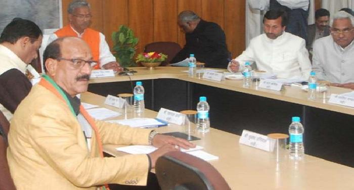 प्रमुख सचिव, गृह आनन्द बर्धन ने जनपदों में आपराधिक मामलों की समीक्षा की