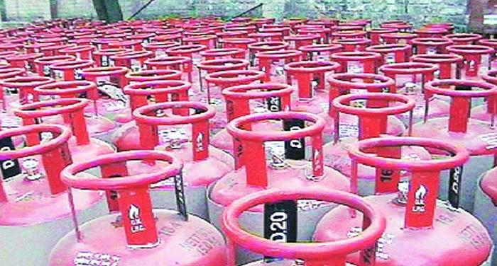 रसोई गैस उपभोक्ताओं को झटका, प्रदेश में घरेलू गैस सिलिंडर 48 रुपये महंगा