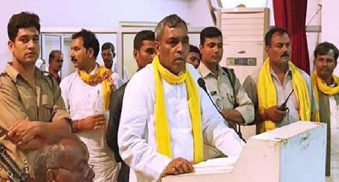 op rajbhar सुभासपा अध्यक्ष ओपी राजभर का बयान, 'हिस्से की सीटों में लड़ेगें लोकसभा चुनाव'