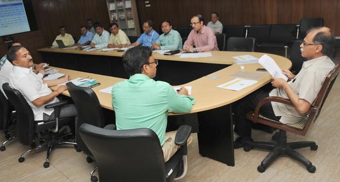 उत्पल कुमार सिंह ने प्रधानमंत्री आवास योजना-2022 तक सबके लिए आवास योजना की समीक्षा की