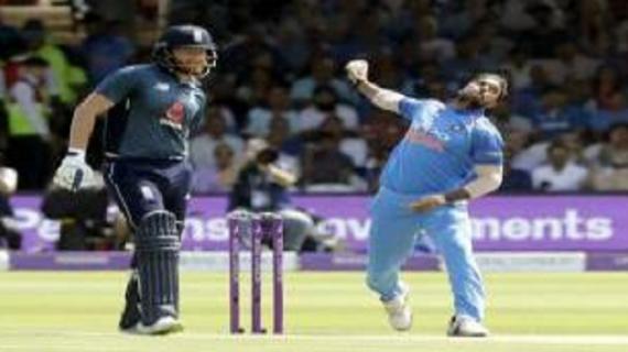'लॉर्ड्स' के मैदान पर खेले जा रहे इंडिया VS इंग्लैंड के मुकाबले में कुलदीप,धोनी बना सकते हैं रिकॉर्ड