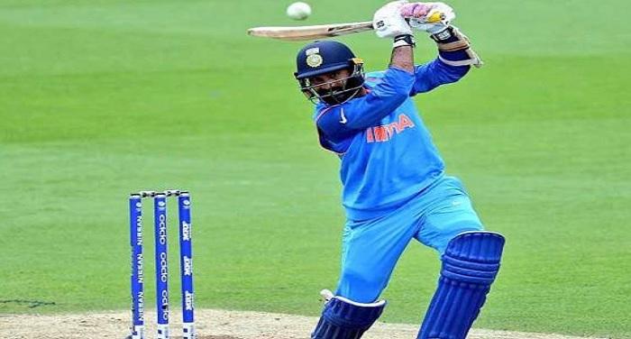 दिनेश कार्तिक इंग्लैंड में कार्तिक का सभी भारतीय बल्लेबाजों से भारी रनों का औसत