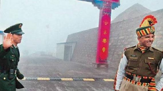 शि जिनपिंग और मोदी से मिलने के बाद चीन ने भारतीय सीमा पर घुसपैठ की