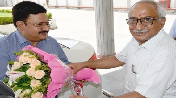दीपेन्द्र कुमार चौधरी ने सूचना महानिदेशक का पदभार ग्रहण किया