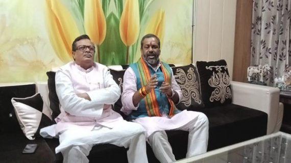 मेरठ में कावड़ यात्रा की तैयारी को लेकर भाजपा कार्यकर्ताओं की बैठक