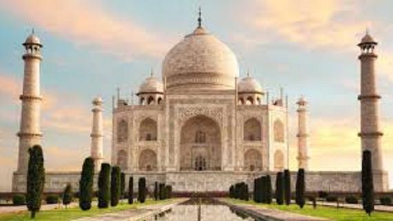 सुप्रीम कोर्ट ने लगाई फटकार कहा कि ताज महल को लेकर केंद्र और राज्य सरकार गंभीर नहीं है