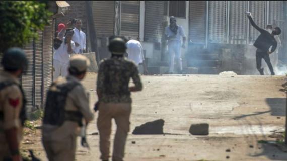 3 पुलिसकर्मीयों की हत्या के बाद जम्मू-कश्मीर में बिगड़े हालात,नए राज्यपाल के रूप में शपथ लेंगे सत्यपाल मलिक