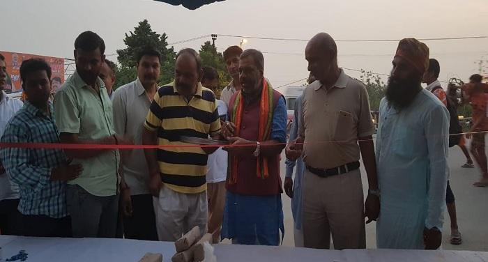 भाजपा झुग्गी झोपड़ी प्रकोष्ठ सुनील भराला ने चिकित्सा शिविर का उद्घाटन