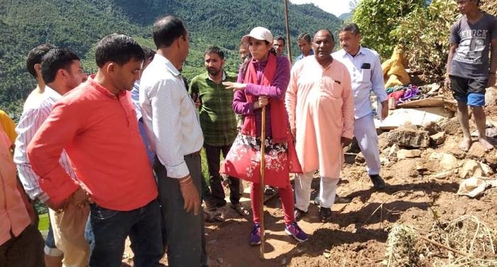 सीएम रावत ने टिहरी जिले के कोट गांव में भूस्खलन की घटना में मृतकों के प्रति शोक संवेदना व्यक्त की