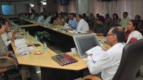 मुख्य सचिव ने बाल, महिला संरक्षण गृहों में स्वच्छता, स्वास्थ्य और सुरक्षा पर विशेष निगरानी रखने के निर्देश