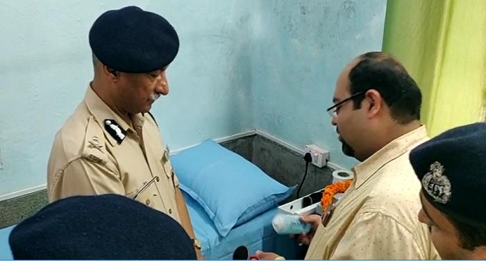 देहरादून स्थित पुलिस चिकित्सालय में पुलिस कर्मियों, खिलाड़ियों एवं पुलिस परिजनों के लिए फिजियोथेरेपी सेन्टर का उद्घाटन