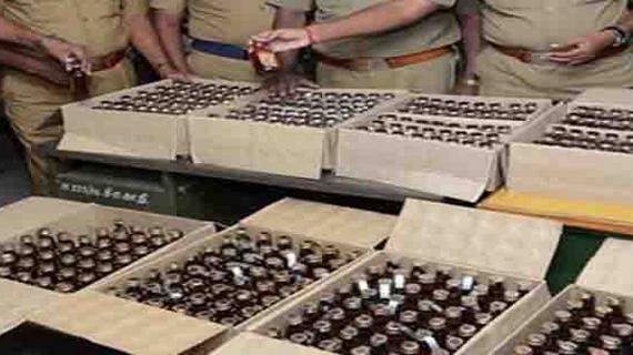 हरियाणाः पुलिस ने 1200 पेटी देशी शराब बरामद, एक आरोपी को  भी किया गिरफ्तार
