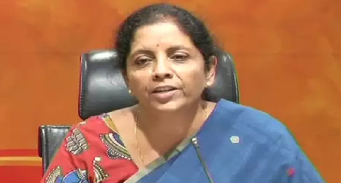 रक्षामंत्री निर्मला सीतारमण ने बैंकों के फंसे कर्ज के लिए यूपीए सरकार को ठहराया जिम्मेदार