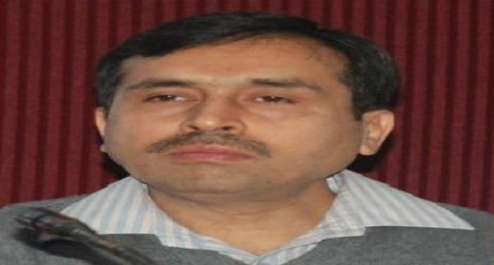 सचिवालय सभागार में डॉ. रणवीर सिंह की अध्यक्षता में समीक्षा बैठक सम्पन्न हुई