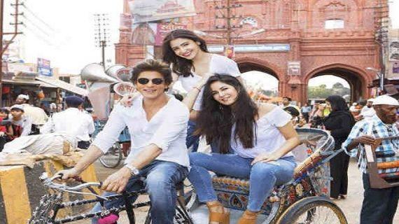 शाहरुख खान लगभग डेढ़ साल बाद फिल्म 'जीरो' से कर रहे हैं बड़े पर्दे पर वापसी
