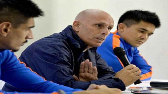 भारतीय फुटबॉल टीम के कोच स्टीफेन कॉन्सटेन्टाइन ने दिया इस्तीफा