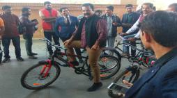 राजस्थानःपरिवहन मंत्री साइकिल से पहुंचे विधानसभा, पर्यावरण संरक्षण का दिया संदेश