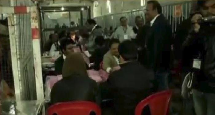 ramgardh रामगढ़ सीट पर दो महिलाओं सहित 20 उम्मीदवार चुनाव मैदान में, विधानसभा के लिए मतगणना जारी
