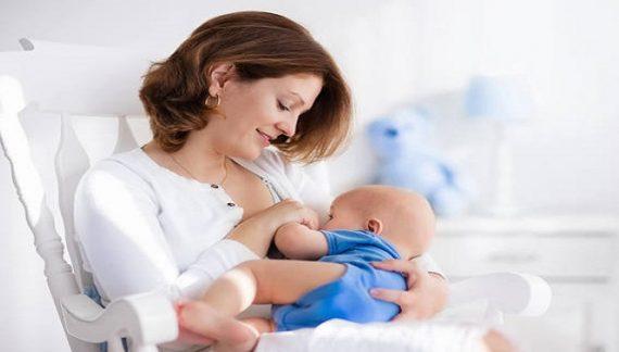 जानिए: कैसे बच्चे के लिए बनाए मां के स्तनों में दूध