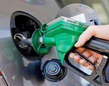 जो कंपनियां वेनेजुएला से तेल खरीदेंगी-उन्हें इसका खामियाजा भुगतना होगा: जॉन बोल्टन