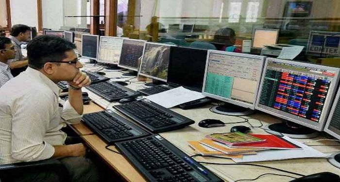शेयर बाजार में तेज गिरावट, सेंसेक्स 370 अंक गिरकर 36,595.80 के निचले स्तर पर पहुंचा