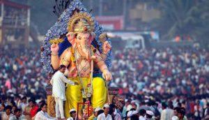 mumbai ganesh chaturthi 1536312383 lb गणपति पधारों मेरे घर द्वार..